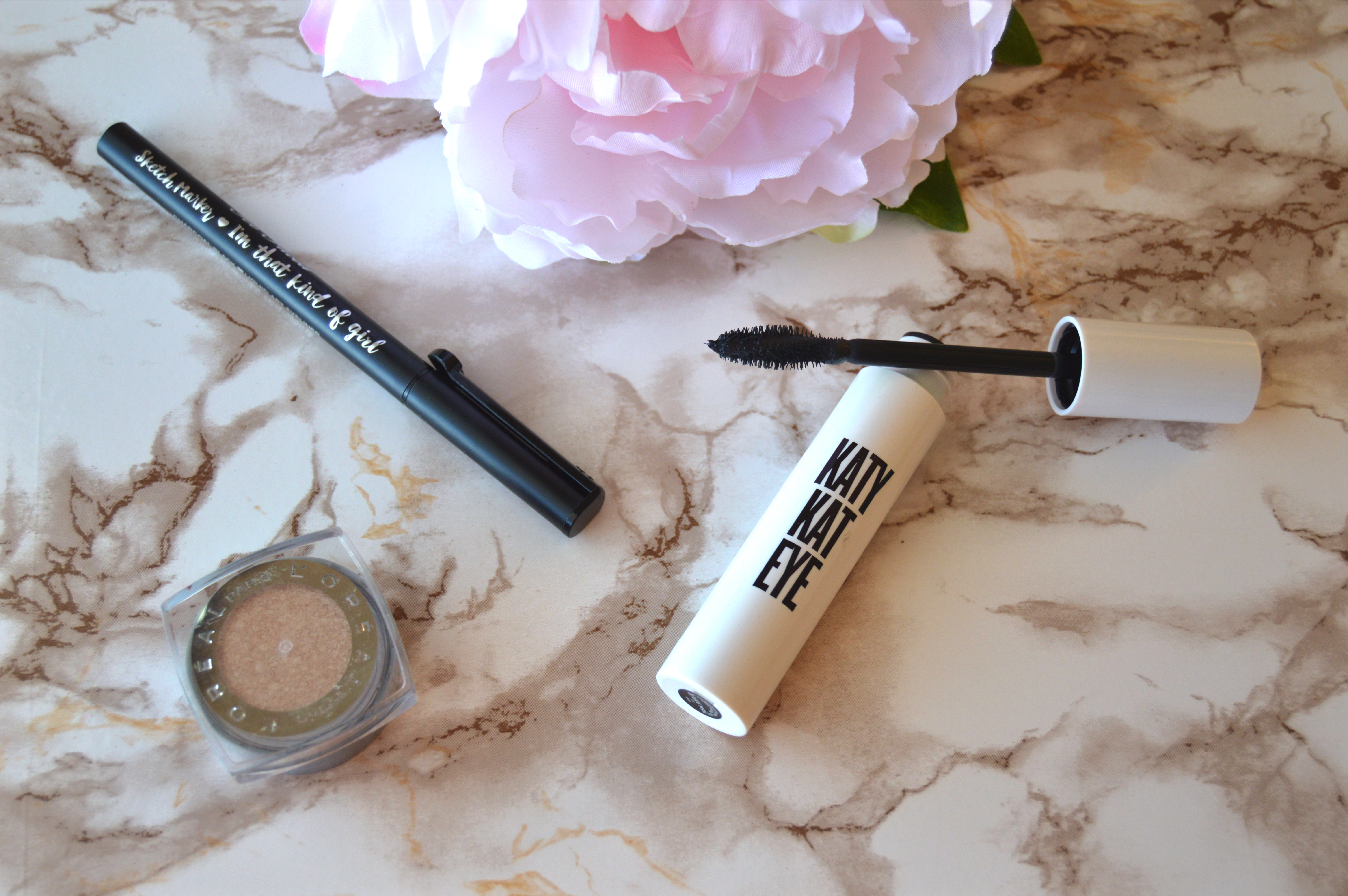 a9131d2f518 This week I decided to try out the Katy Kat Eye mascara. This mascara is a  collaboration between Covergirl and Katy Perry and I purchased the Black  color at ...